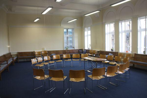 Edinburgh Quaker Meeting House Room Hire In The Heart Of